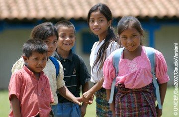 CONTEXTO DE LA SITUACIÓN DE LA NIÑEZ Y ADOLESCENCIA EN GUATEMALA
